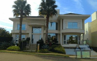 Venda de mansões no Amoraeville em Jurerê Internacional