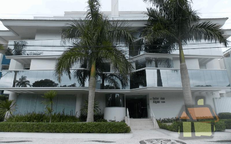 Venda de apartamentos de alto padrão na praia de Jurerê Internacional