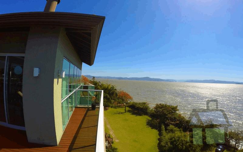 Venda de coberturas em frente ao mar em Florianópolis