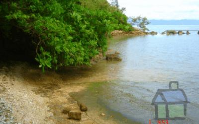 Vendo terreno com praia particular em Florianópolis, SC