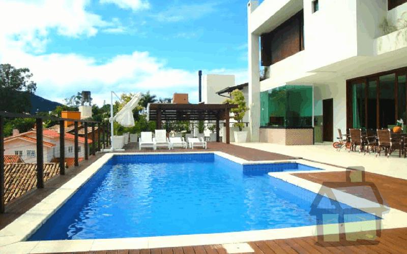 Venda de casas em condomínio fechado em Florianópolis
