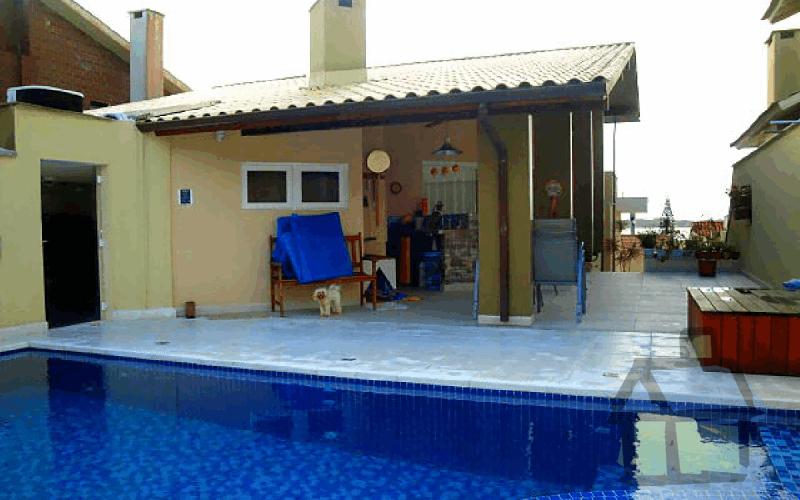Venda de casas de alto padrão na Lagoa da Conceição