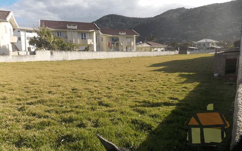 Venda de terrenos em frente ao mar no sula da ilha em Florianópolis