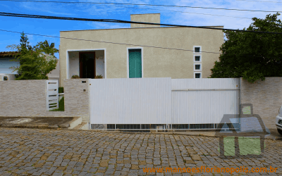 Venda de casas de alto padrão na Praia de Itaguaçu