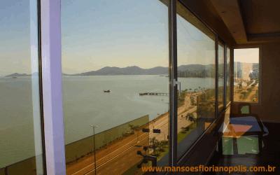 Cobertura na Beira Mar de Florianópolis para venda