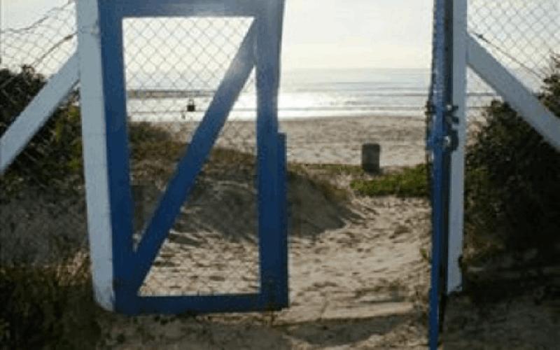 Acesso privativo para a praia