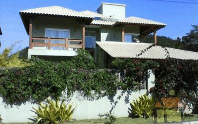 Venda de casas em condomínio fechado no Rio Tavares em Florianópolis