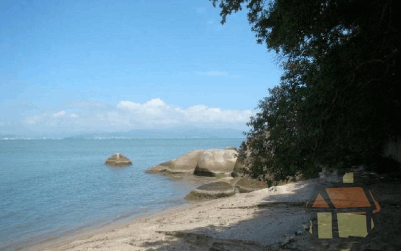 Venda de terrenos em Cacupé em frente ao mar em Florianópolis, SC