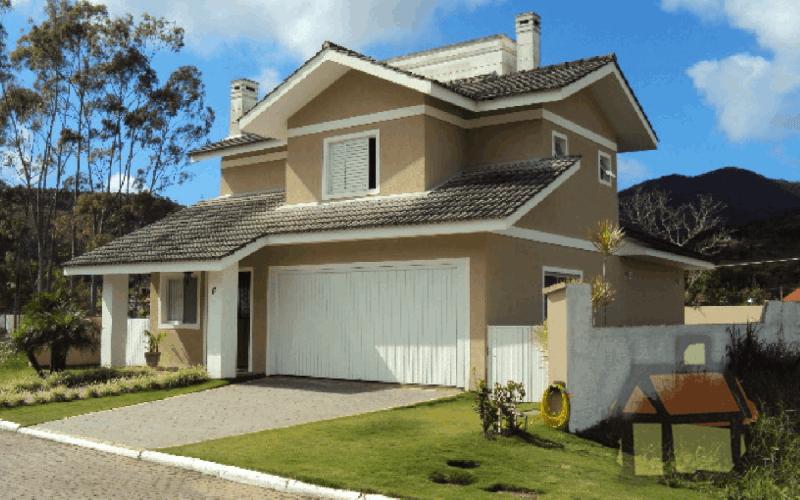 Casa em condomínio fechado em Florianópolis