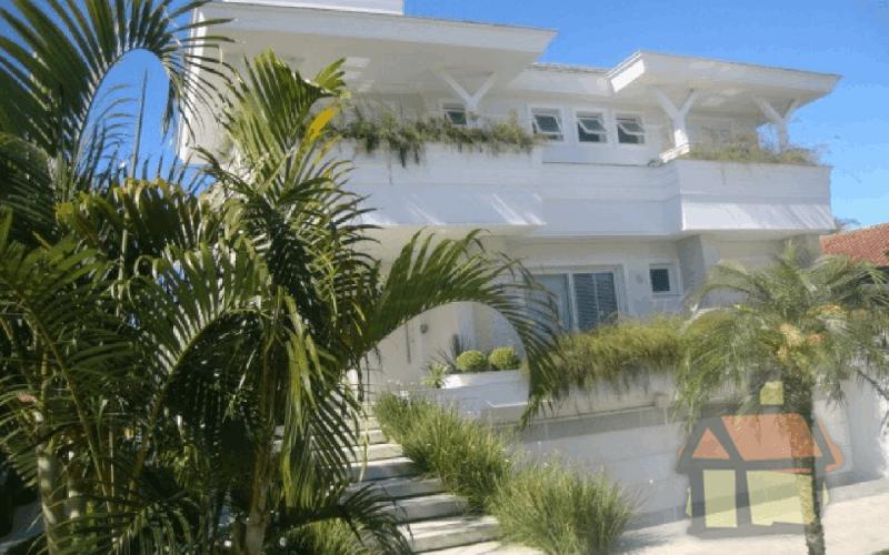 Venda de casas no Jurerê Internacional em Florianópolis, SC