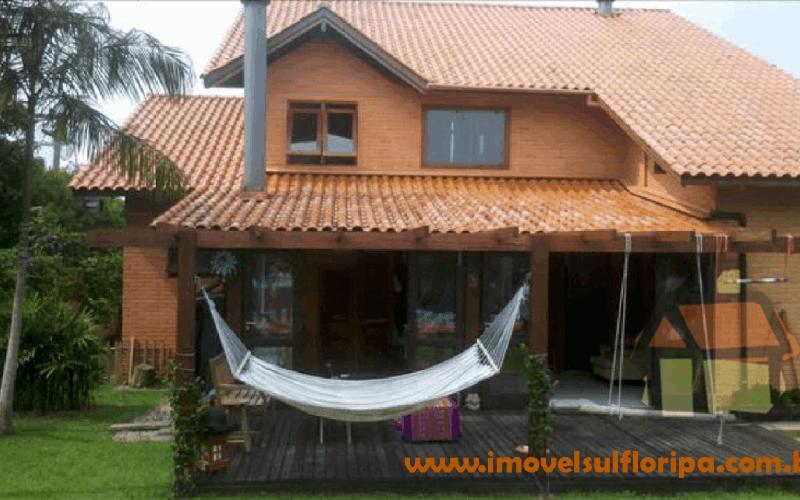 Casas para venda em condomínio fechado no leste de Florianópolis, SC
