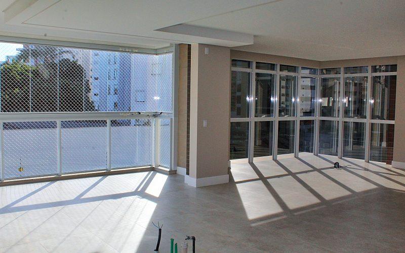 Venda de apartamento de suites no centro de floripa