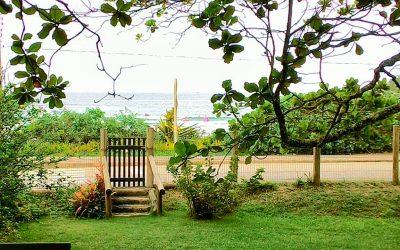 Para poucos! Linda casa em frente ao mar em Bombinhas.